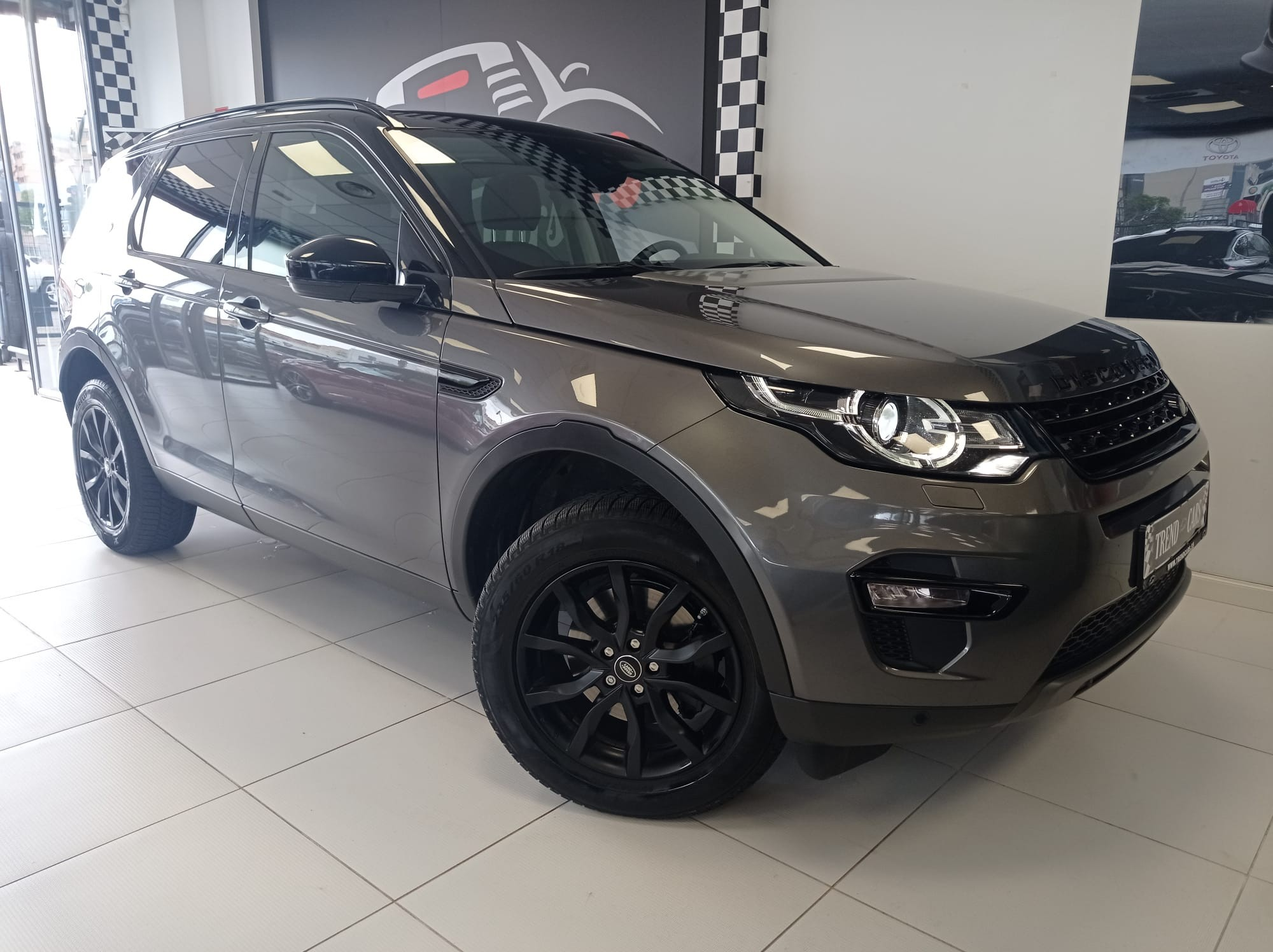 DISCOVERY-SPORT-2.0-TDS4-4X4_3